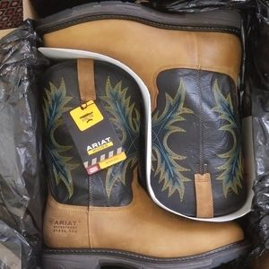 Ariat Men's Workhog Square Toe H2O Steel toe boots